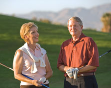Hank and Bonnie on golf course