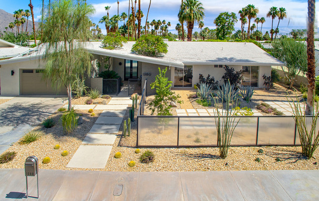 1380 Via Estrella  Palm Springs  Sold David Torres