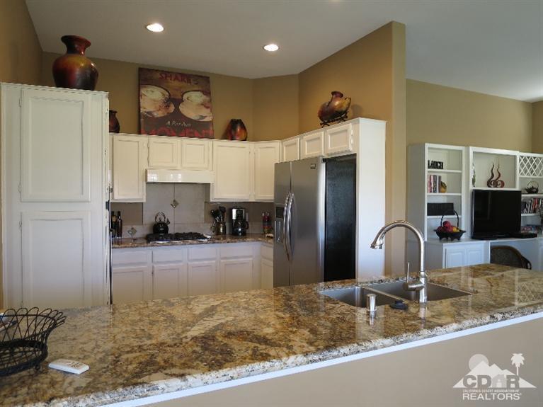 Kitchen_37603 Westridge, Sun City Palm Desert