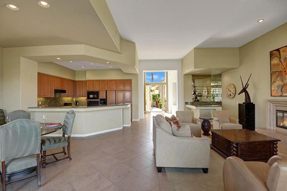 Living Room_480 Gold Canyon, Indian Ridge CC