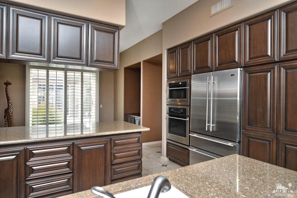 Kitchen_630 Hawk Hill, Palm Desert