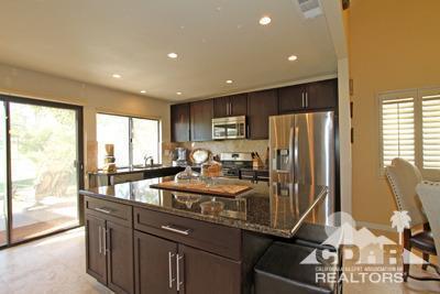 Kitchen_76683 Chrysanthemum (Palm Valley CC)