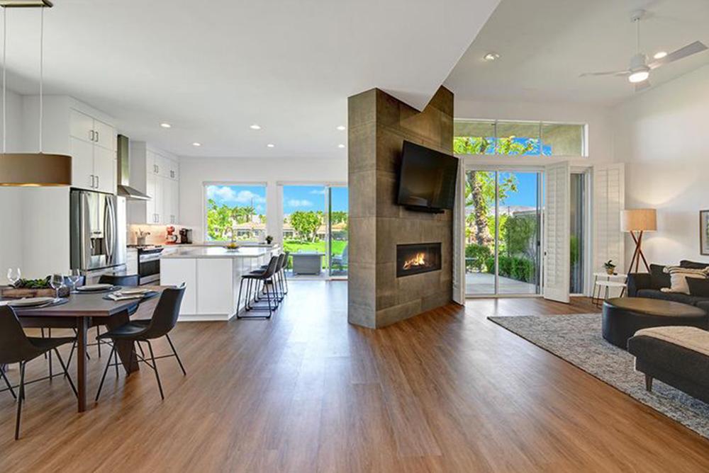 Living Room/Fireplace_768 Red Arrow, Indian Ridge CC