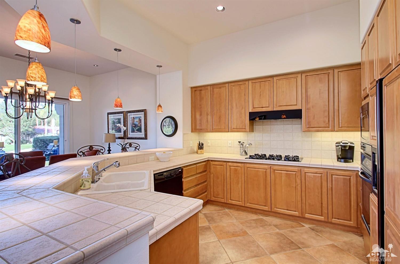 Kitchen_930 Hawk Hill:  (Indian Ridge CC)