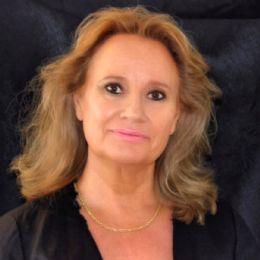 Desert Island Onsite Sales - Deborah Sanders